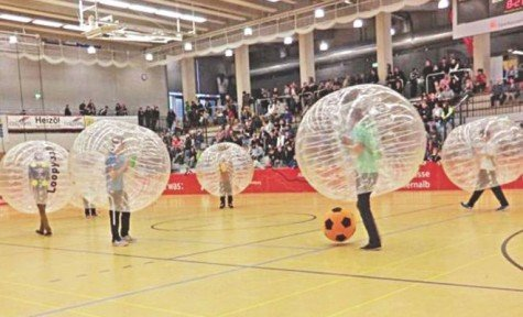 Bubble-Football-The-Crazy-New-Sport-That-Europeans-Are-Loving