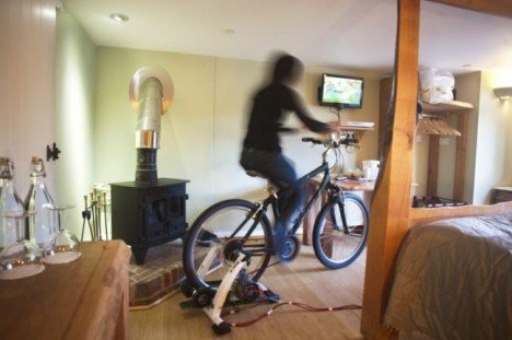 cottage-lodge-bicycle-powered-tv