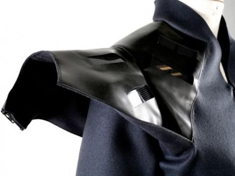 pauline-van-dongen-wearable-solar