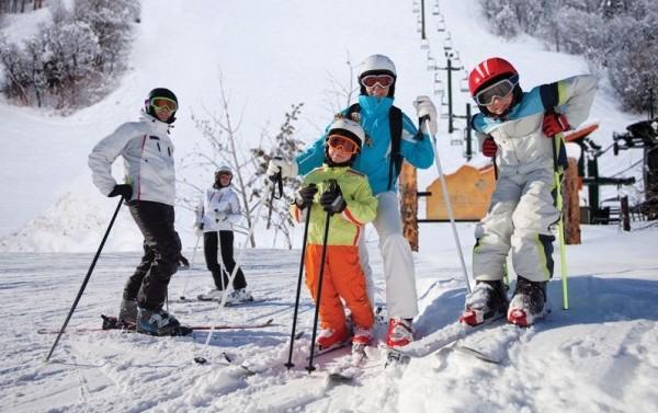 kayak yapan aile